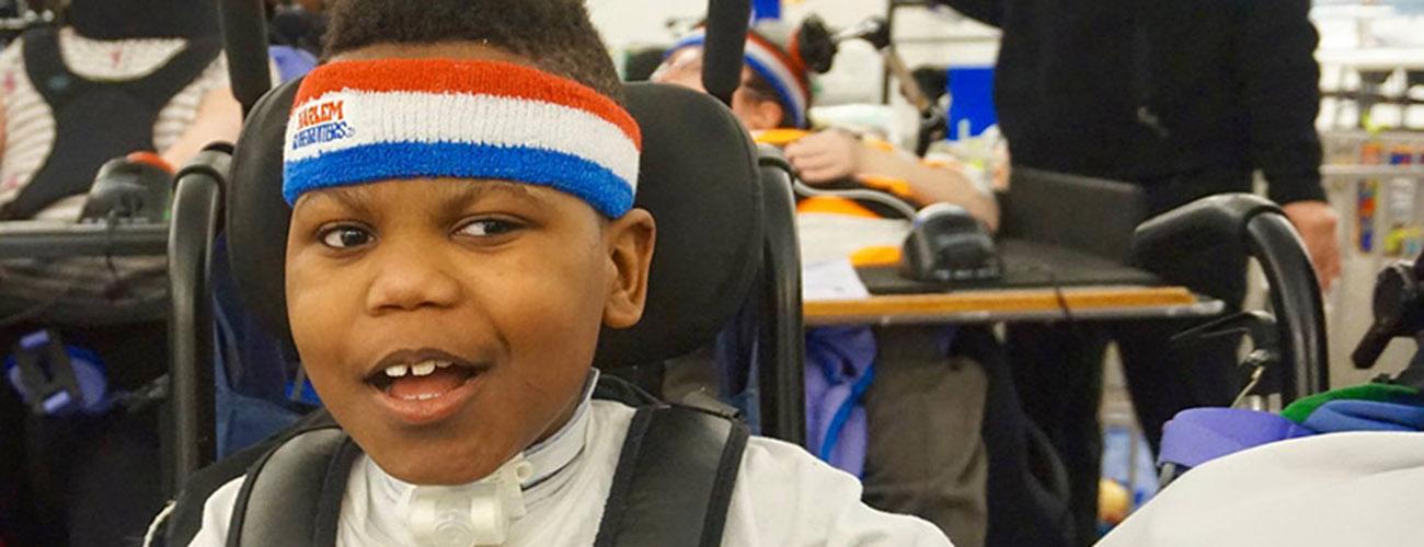 Harlem Globetrotter Makes A Special Stop At Hospital For Children
